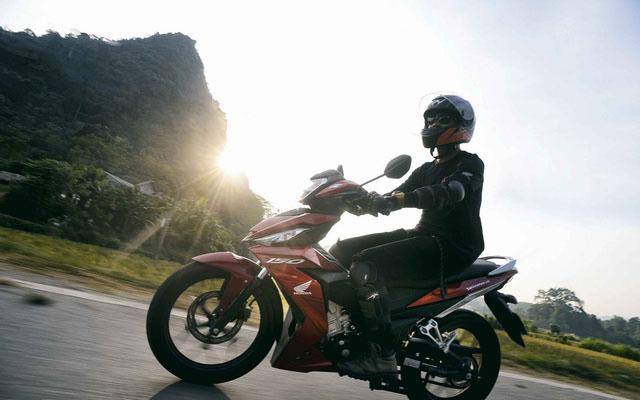 Thuê xe máy tại Cam Ranh có gì thú vị?